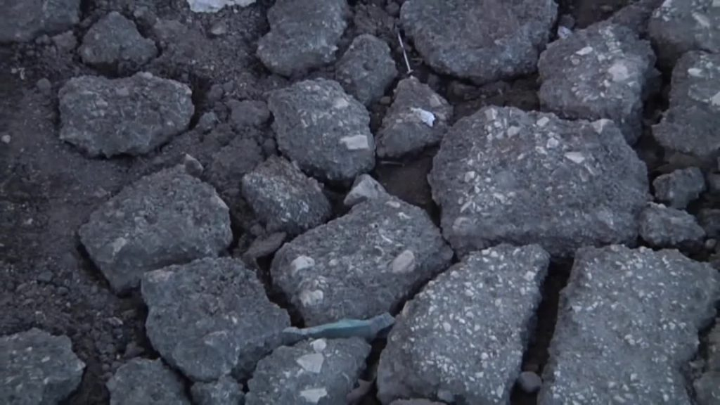 Tor San Lorenzo: i cittadini possono pagare le riparazioni delle buche a proprie spese 2