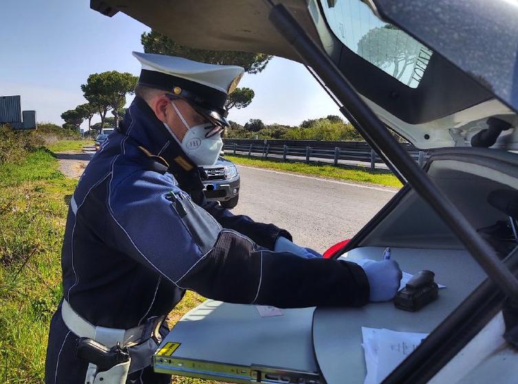 Controlli vigili urbani a Roma