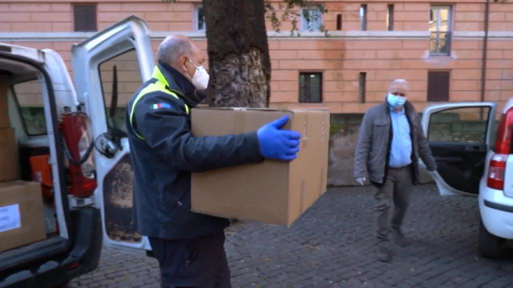 Roma Capitale: distribuite ventimila mascherine chirurgiche 1