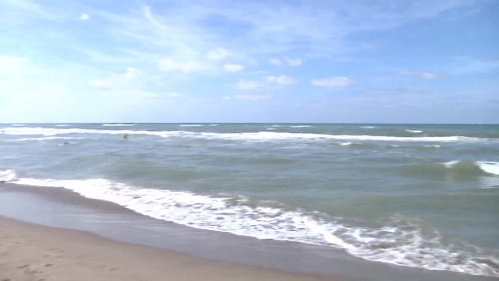 """""""Ostia, spiagge libere non essenziali"""". Polemiche sull'assessore Ieva"""