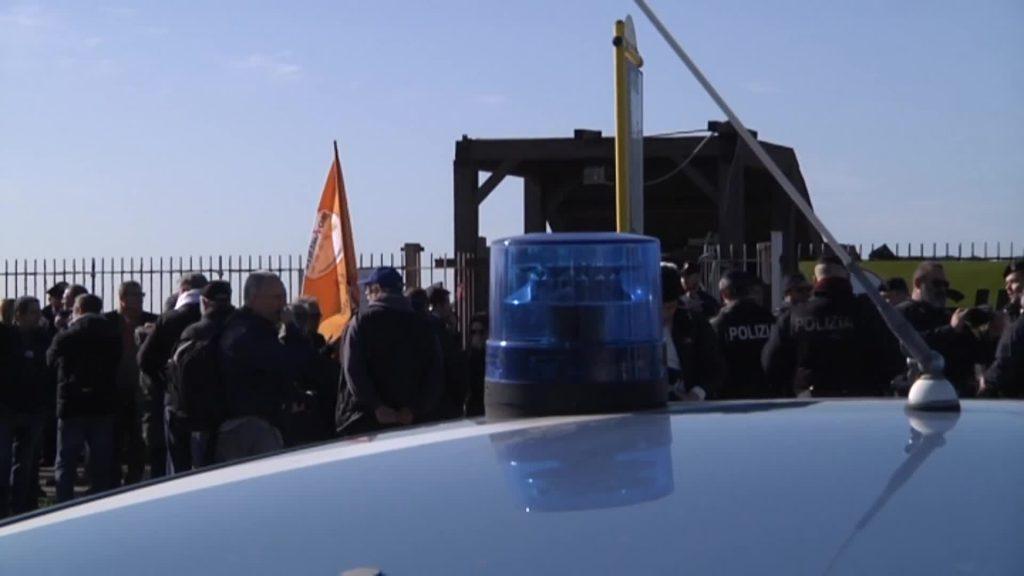 Ostia, demolizione Arca: contestata la sindaca Raggi 1