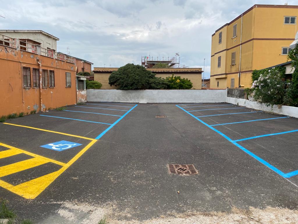 Fiumicino: parcheggi sul lungomare