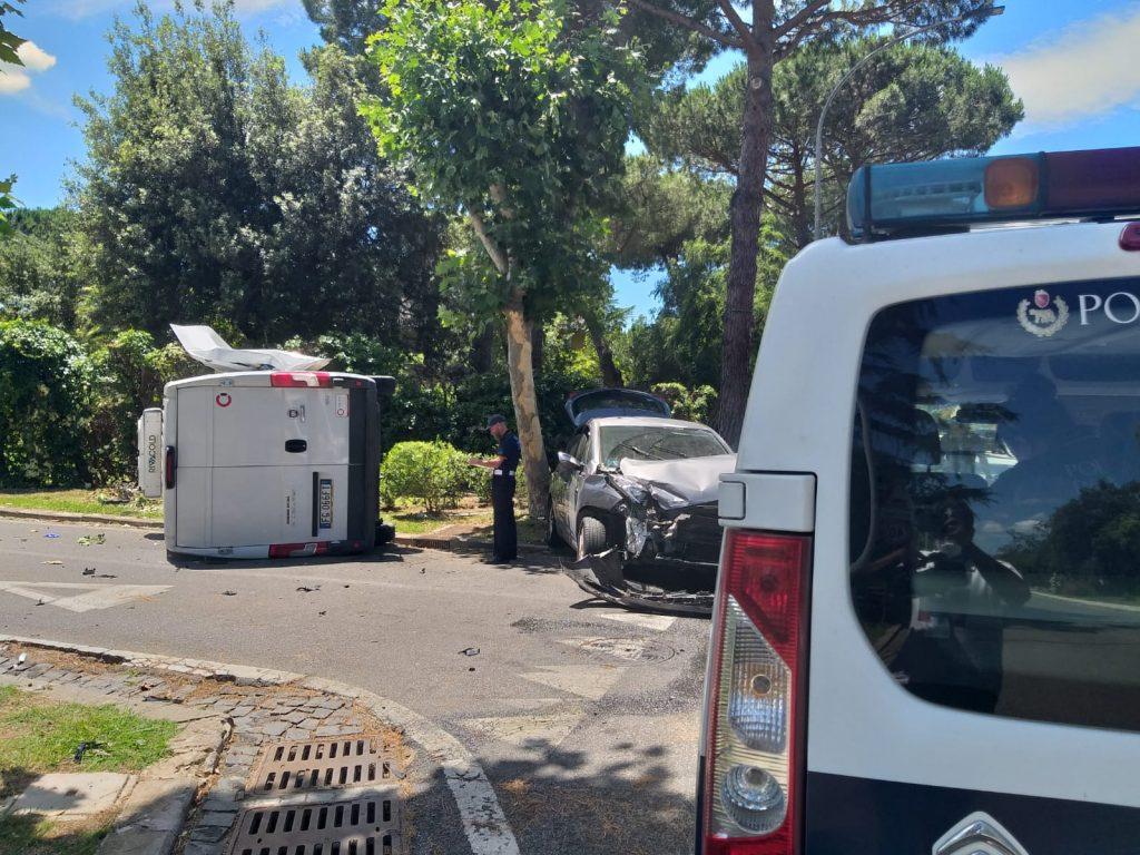 Casal Palocco: grave incidente in via Alceo. Un 29enne è in codice rosso al San Camillo 2