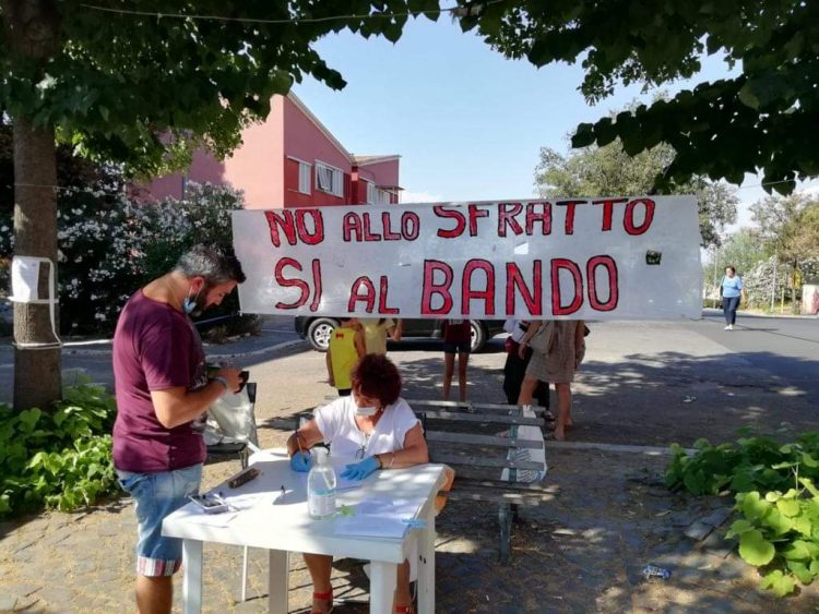 Casal Bernocchi: residenti e Comitato di Quartiere si oppongono allo sfratto 1