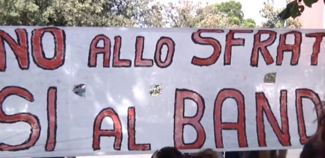 Casal Bernocchi: residenti e Comitato di Quartiere si oppongono allo sfratto 2