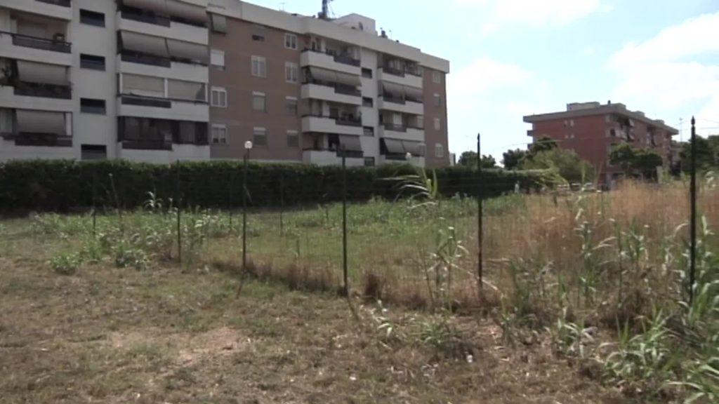 Acilia: i commercianti di via Amedeo Bocchi chiedono di adottare un'area verde 1