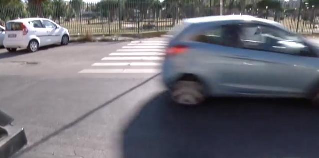 Ostia, via dell'Appagliatore: manca la sicurezza stradale 1