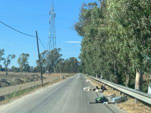 """""""Via dei rifiuti"""": Ostia Antica-Saline nel degrado 2"""