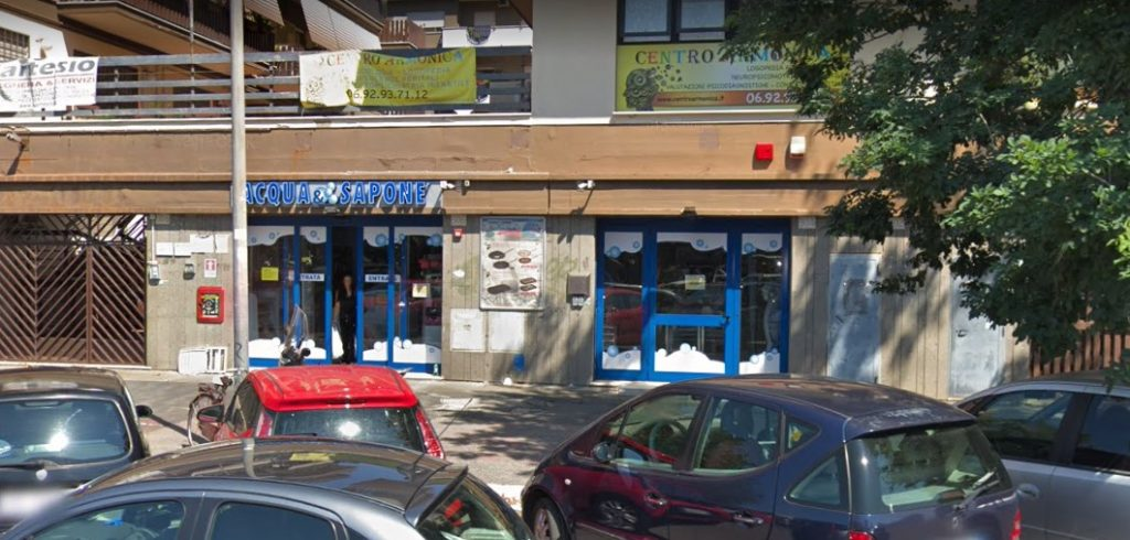 """Rapina da """"Acqua&Sapone"""": paura e rischi per 120 euro 2"""