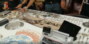 Polizia chiude 29 negozi compro-oro. Sequestrati 60 kg di preziosi di dubbia provenienza 1