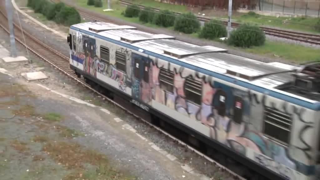 Riapertura scuole: i pendolari lanciano l'allarme assembramenti sui treni 3