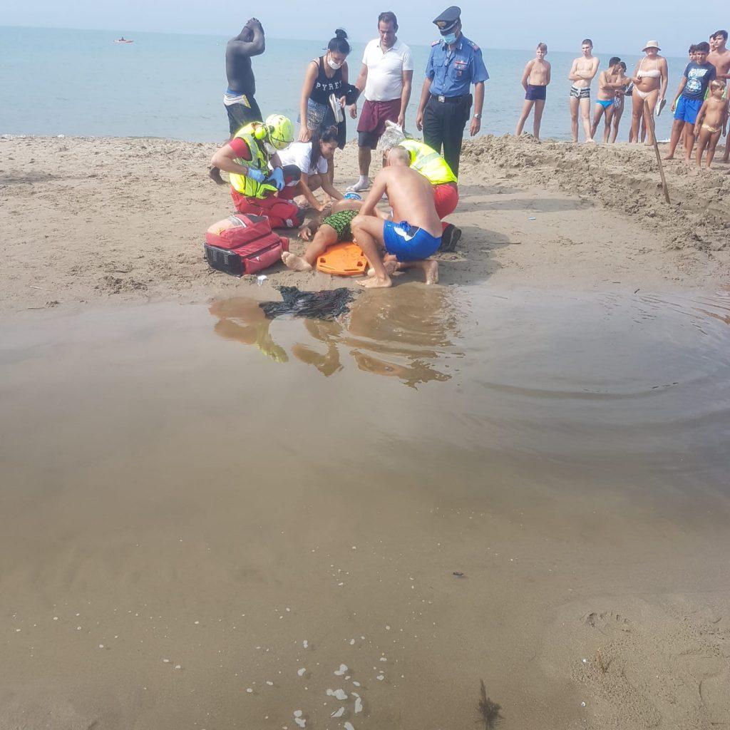 Torvaianica: sparatoria in spiaggia. Ferito un albanese 1