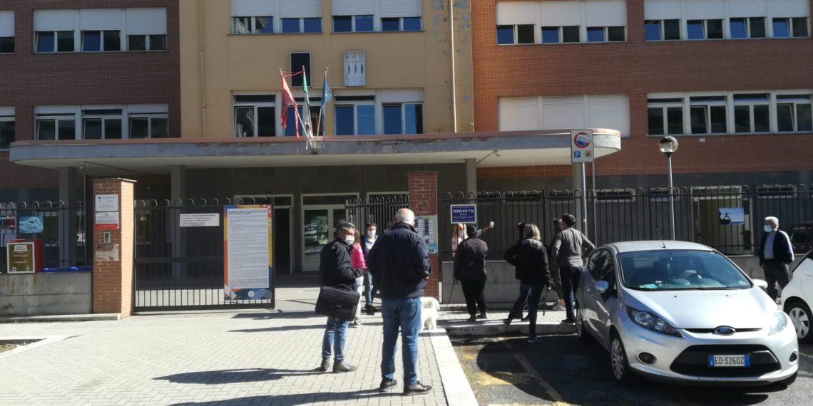 Coronavirus, Fiumicino: iniziati i testi antigeni alla scuola Grassi di Parco Leonardo 1