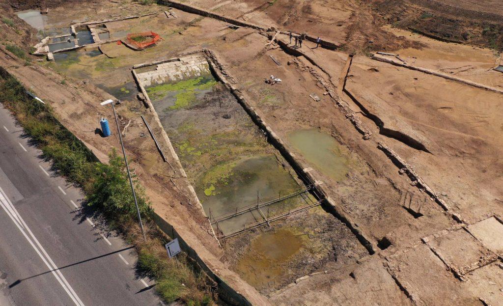 Via Ostiense. Rinvenuta un'antica vasca monumentale di ben 40 metri 1