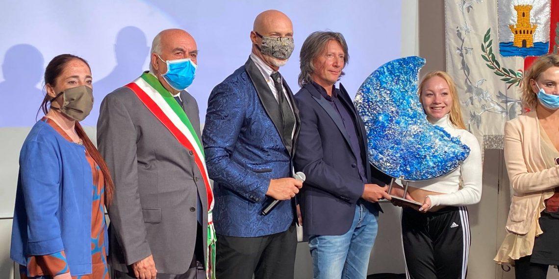 """Ostia vola con """"Wings """", il regista Schifino vince il festival""""Corti sul mare"""" 2"""