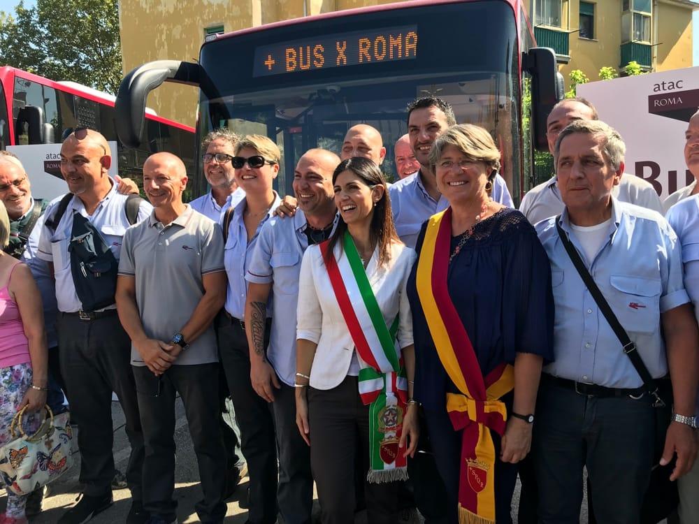 Ostia, nuova flotta di bus: arriva la sindaca 1
