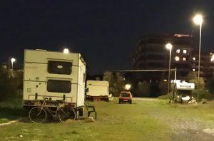 Camper abbandonati a Ostia