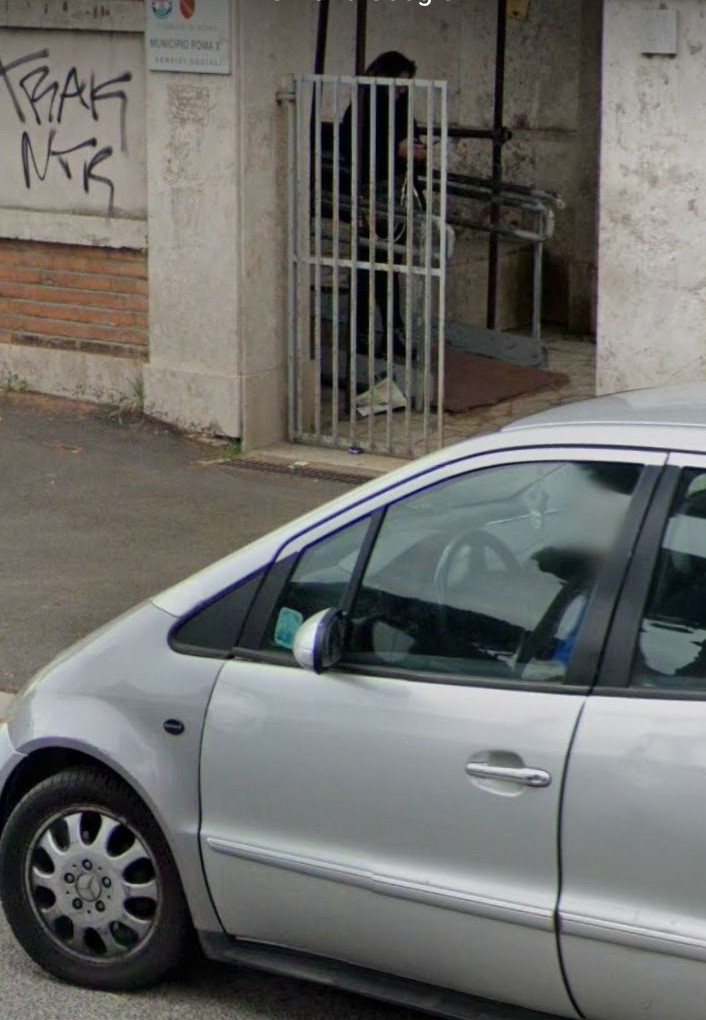 Chiusi uffici di Via Passeroni