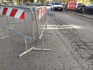 La strada sprofonda, chiusa via Vasco de Gama 1