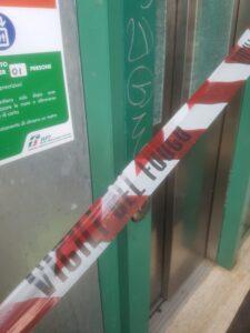 Parco Leonardo: gli ascensori della stazione sono ancora fuori uso (FOTO) 1