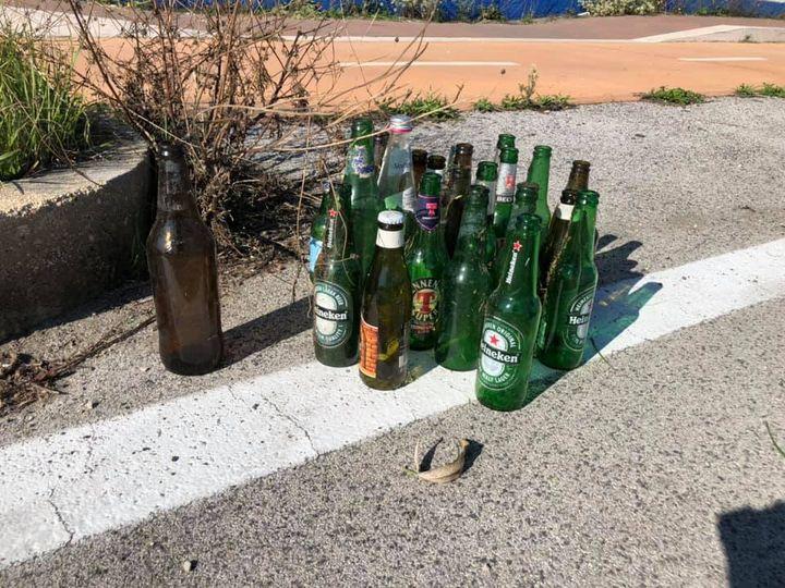 Fregene sud: le spiagge sono sporche. I residenti: «sul Lungomare servono i contenitori dei rifiuti» 1