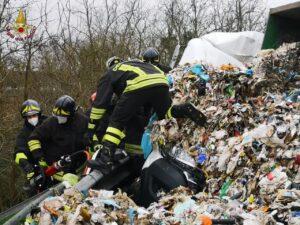 Grave incidente a Malagrotta: uomo salvato dai Vigili del Fuoco 2