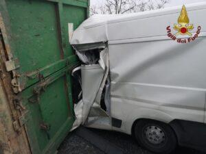 Grave incidente a Malagrotta: uomo salvato dai Vigili del Fuoco 1