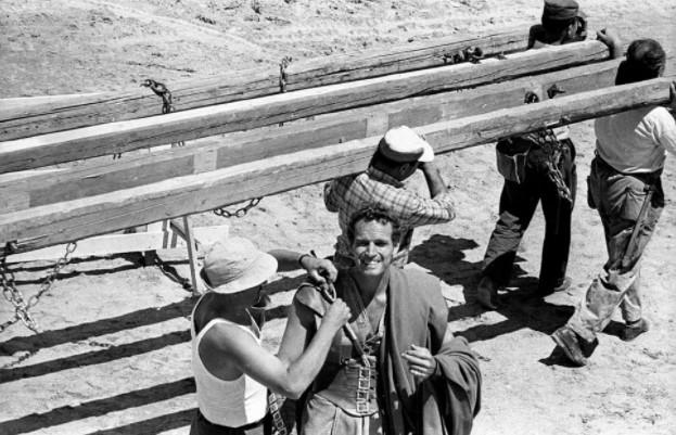 Ostia, milioni di foto di un secolo di storia nazionale a rischio allagamento (VIDEO) 1