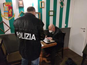 Controlli anti-Covid a Ostia: scoperte 37 persone che giocavano a biliardo (VIDEO) 2