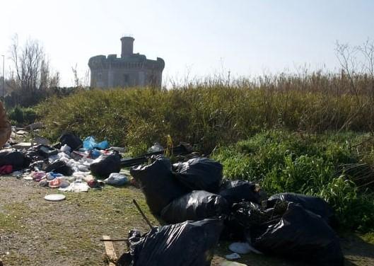Tor San Michele tra i rifiuti