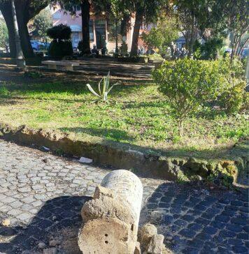 ostia antica colonna crollata