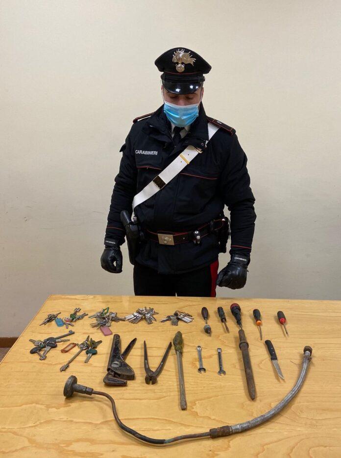 ladro arrestato