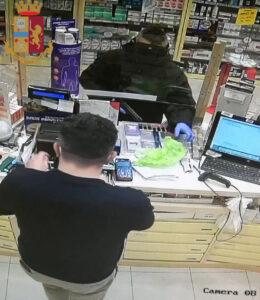 rapina farmacia portuense
