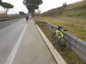 """Pista ciclabile Roma-Ostia, parlano i ciclisti: """"Ecco la nostra idea"""" 1"""