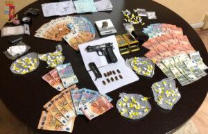 Il pusher viaggiava in taxi: arrestati in quattro 1