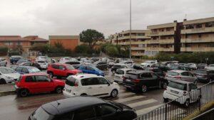 In fila per i tamponi alla scuola di Giardino di Roma: ritardi e disorganizzazione 1