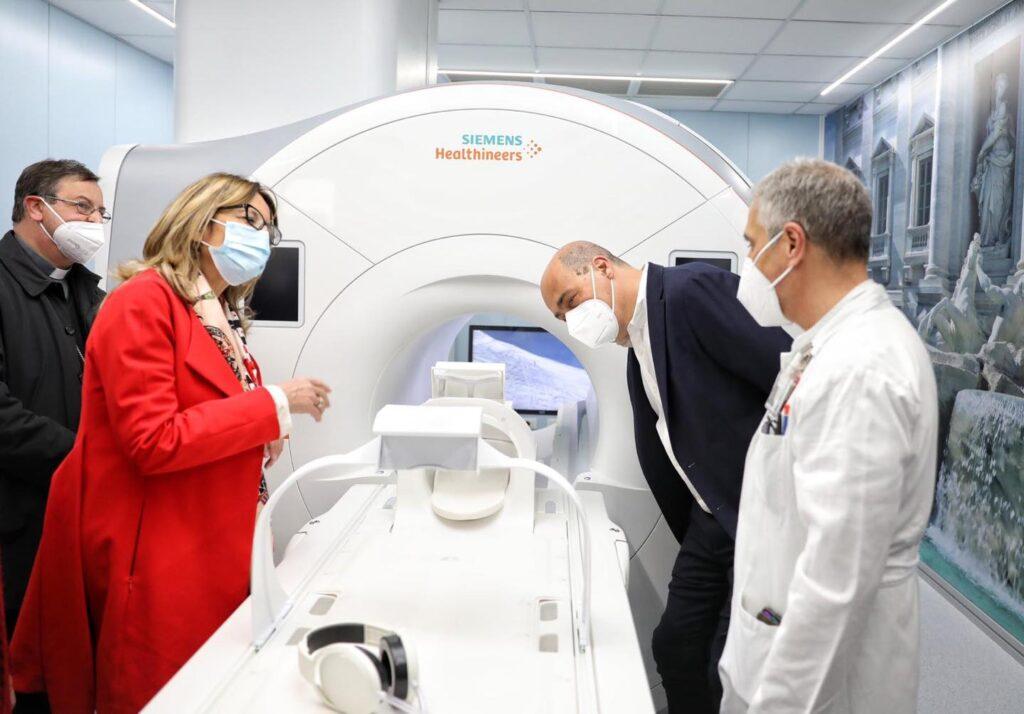 Ospedale San Giovanni, Risonanza magnetica e Tac anti-claustrofobia con musica e film 1
