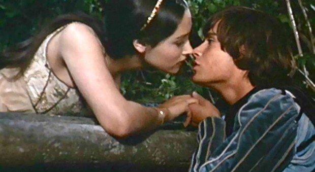 """""""Romeo e Giulietta"""" di Franco Zeffirelli, l'omaggio di Canale 10 a William Shakespeare 2"""