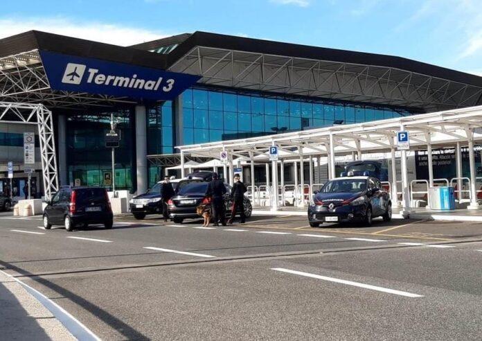 aeroporto divieto spostamento