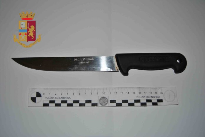 coltello civitavecchia