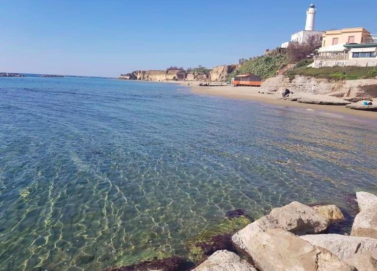 Spiagge italiane al top con 416 bandiere blu 2021. Il Lazio riceve 11 vessilli 1
