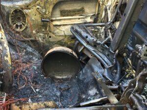 Esplosione a Ostia: in fiamme furgone con all'interno bombole del gas (VIDEO) 1
