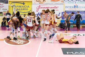 Volley femminile. Il sogno è realtà: l'Acqua e Sapone Roma è in A1 1
