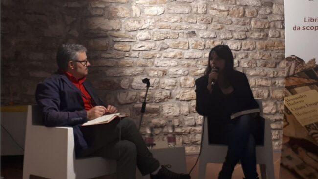 """Elena Percivaldi: """"Studiare la storia ma senza caccia alle streghe"""" 4"""