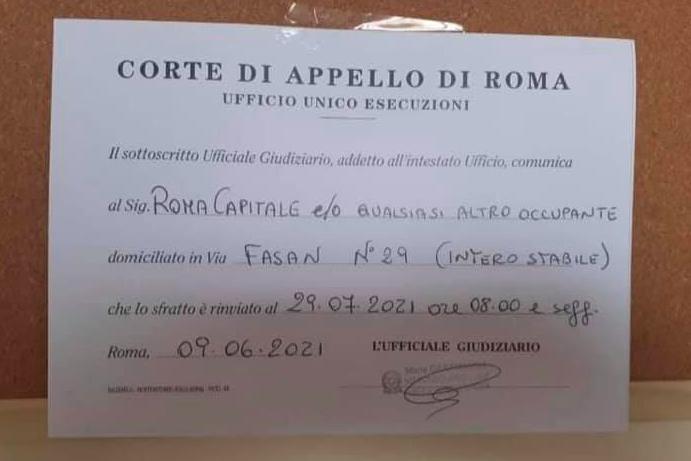 Ciclone Nuova Ostia: arrivano gli ordini di sfratto alle case ex Armellini 1