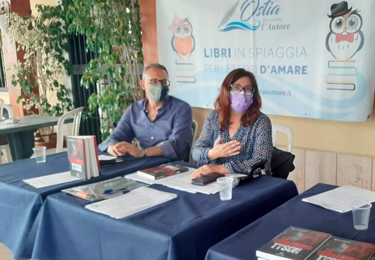 """Ostia, estate con """"Libri in spiaggia per #lettoridamare"""": gli appuntamenti con gli autori 7"""