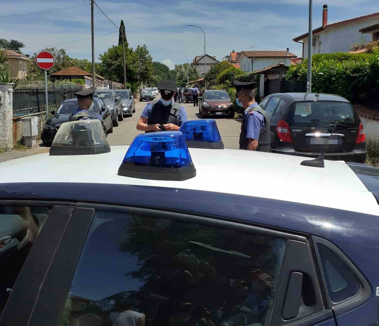 spari carabinieri ardea colle romito