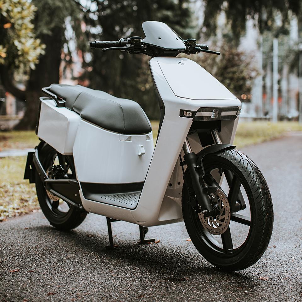Wow, arriva la scooter elettrico italiano ed economico 1