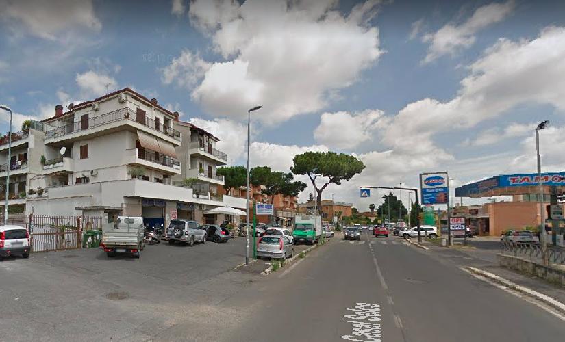 Roma: ladro rapina un'agenzia immobiliare e spara al dipendente che aveva tentato di reagire 1