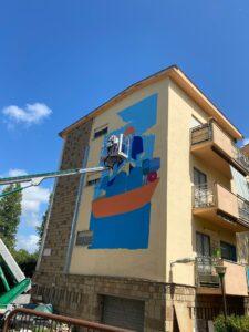 Street art: ecco i maxi murales sulle facciate dei lotti popolari a Fiumicino 1